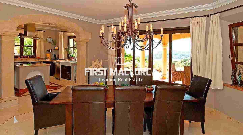 ein aussergew hnliches landhaus mit grossz giger raumaufteilung puerto andratx. Black Bedroom Furniture Sets. Home Design Ideas