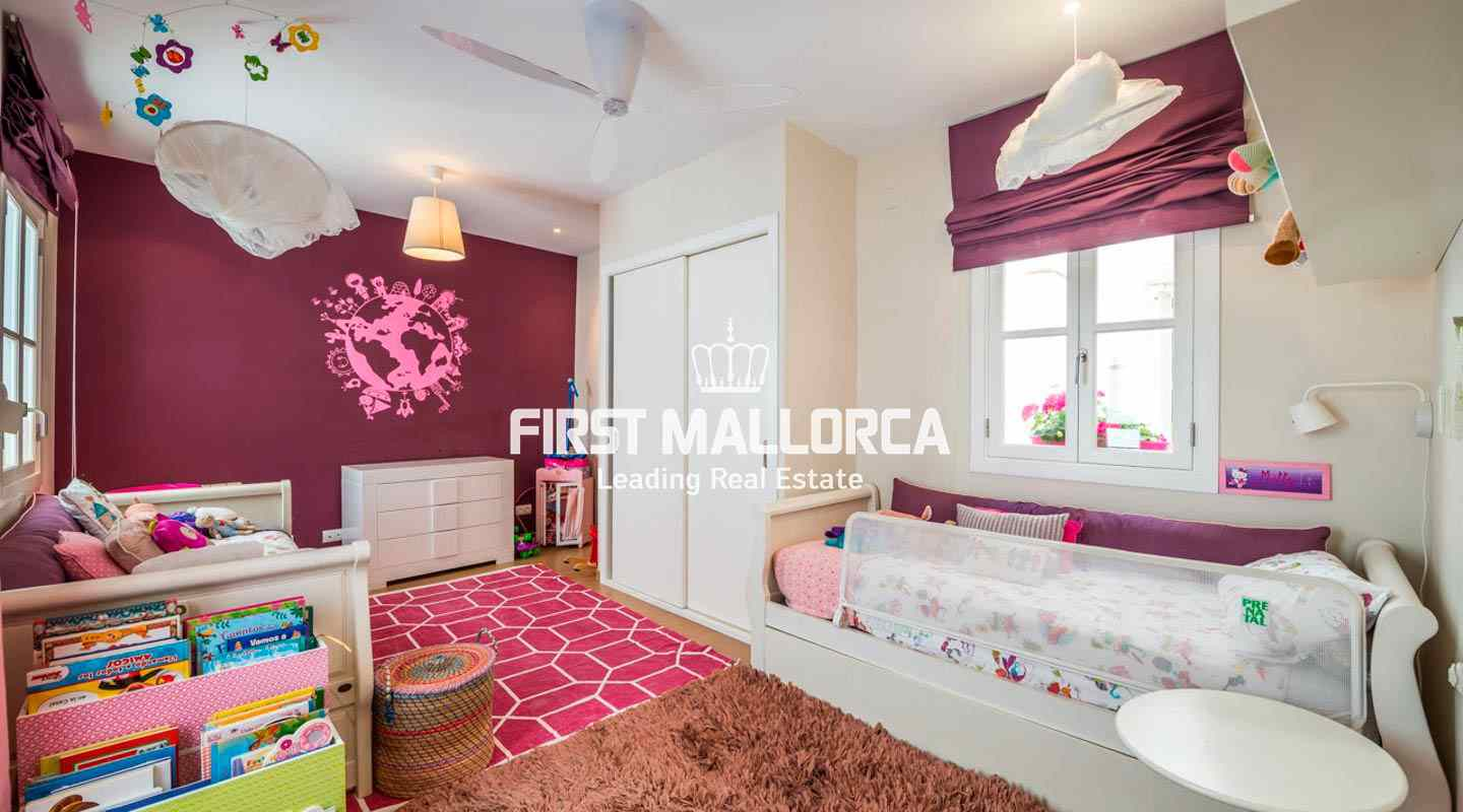 Elegant and spacious renovated apartment in Palma's Old ...
