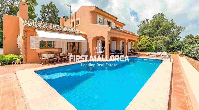Haus Im Mediterranen Stil Mit Meerblick In Der Nähe Von